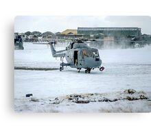 Westland Lynx HAS.2 XZ257/346 landing at RAF Stanley Canvas Print