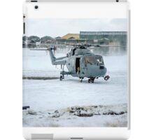 Westland Lynx HAS.2 XZ257/346 landing at RAF Stanley iPad Case/Skin