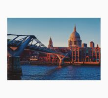 The Millennium Bridge and St Paul's Cathedral, London, England T-Shirt