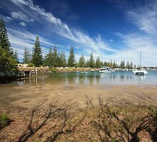 Low Tide in Yamba, New South Wales by groophics