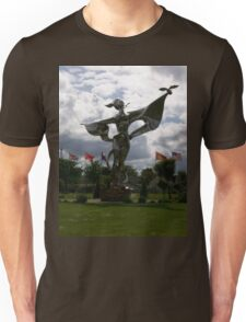Moo's Statue Photo Normandy Unisex T-Shirt