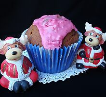 Christmas cup cake by Paola Svensson
