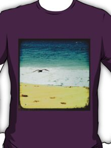 BEACH BLISS - Soaring T-Shirt