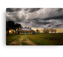 This 'Ole House..... Canvas Print