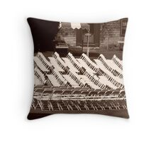 Absent audience Throw Pillow