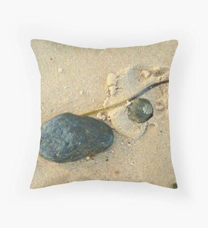 Beachcombing 3 Throw Pillow