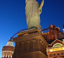Statue of Liberty ala Vegas by HoltPhotography