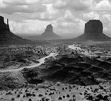 Monumental by Varinia   - Globalphotos
