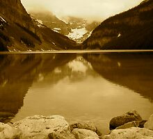 Lake Louise by EliTynan