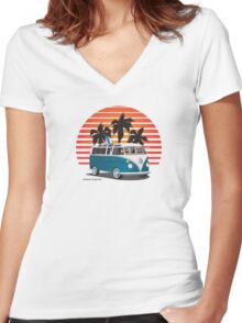 VW Split Bus Teal with Surfboard, Palmes & Sunset Women's Fitted V-Neck T-Shirt