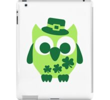 Cute irish shamrock owl iPad Case/Skin