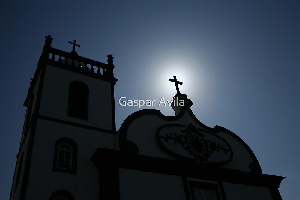Divine light by Gaspar Avila