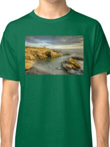 Beavertail Lighthouse at Sunset Classic T-Shirt