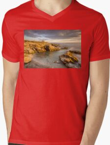 Beavertail Lighthouse at Sunset Mens V-Neck T-Shirt