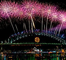 NYE 2008: Midnight Fireworks at McMahons Point by Jason Hilsdon