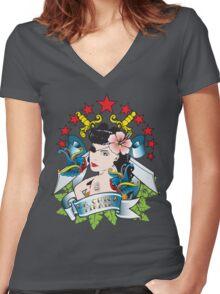 La Chica Pirata Women's Fitted V-Neck T-Shirt