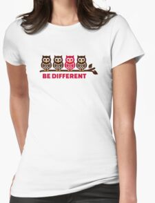 Owls be different T-Shirt