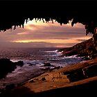 Admirals Arch by Varinia   - Globalphotos