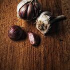 Study in garlic by Simon Duckworth