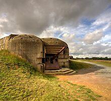 Normandy gun  by Rob Hawkins
