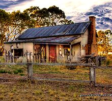 Mt Victory Road Homestead by Jennifer Craker