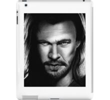Thor - Chris Hemswoth Portrait iPad Case/Skin