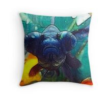 goggle eye fish Throw Pillow