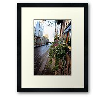 Parisien streetscape Framed Print