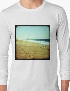 BEACH BLISS - Footprints Long Sleeve T-Shirt