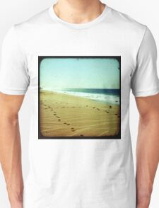 BEACH BLISS - Footprints T-Shirt