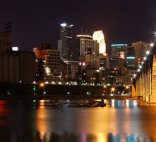 Downtown Mississippi River by MNDustyLens
