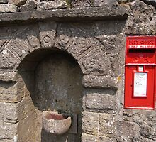 red postbox by bkyshef