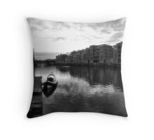 Sunset along the River Ouse Throw Pillow