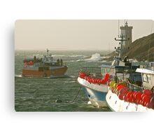 Le Conquet - Retour de pêche Canvas Print