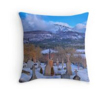 Graves in the snow... Throw Pillow