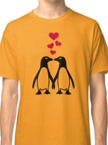 Penguin red hearts love Classic T-Shirt