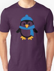 Penguin winter scarf Unisex T-Shirt