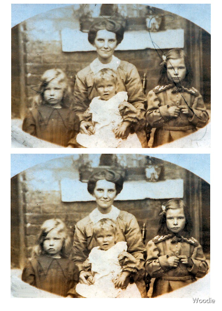 1914 Emliy Godfrey and daughters (photo) by Woodie