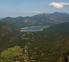 Halls Gap Lookout by archieswell