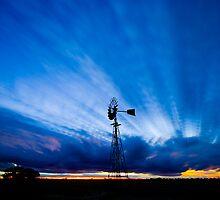 Cloud Beams by Murray Wills