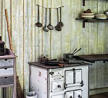 Great-Grandma's kitchen by Jo-PinX