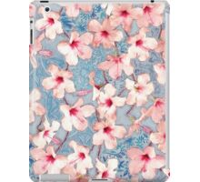 Shabby Chic Hibiscus Patchwork Pattern in Pink & Blue iPad Case/Skin