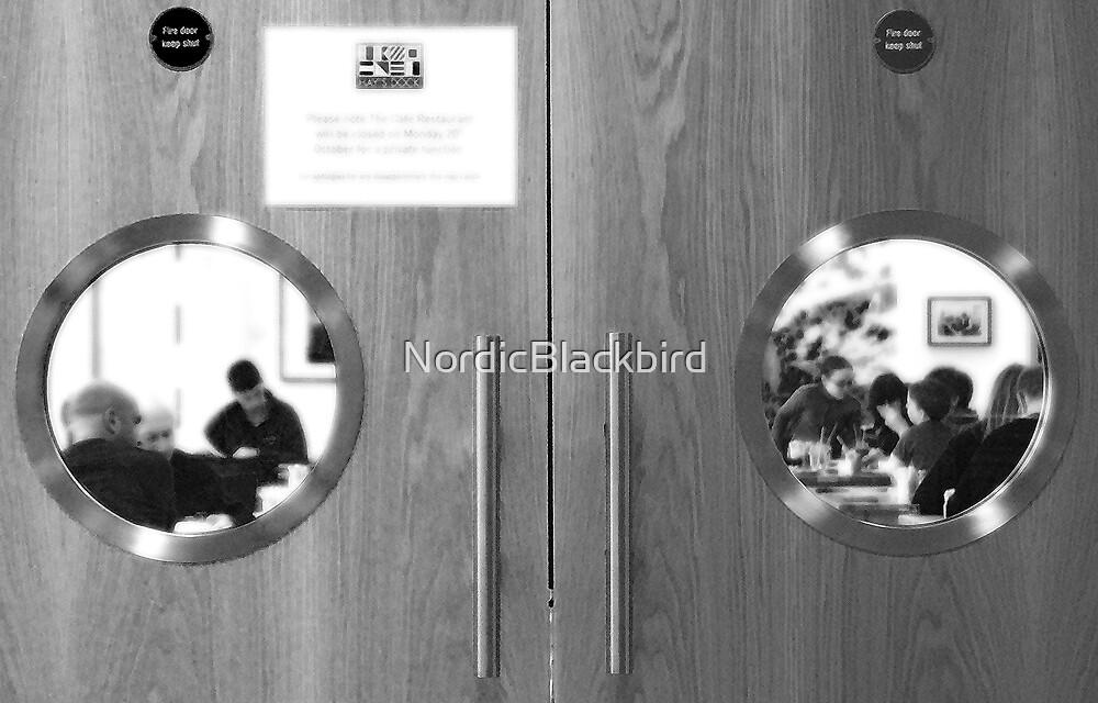 framed by NordicBlackbird