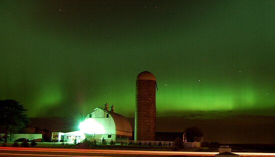 Northern Lights by HoltPhotography