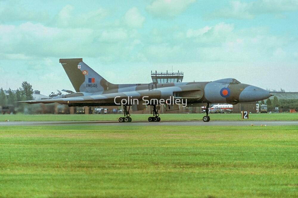 Avro Vulcan B.2 XM648 by Colin Smedley
