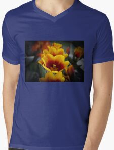 TULIPS ALL IN A ROW Mens V-Neck T-Shirt