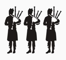 Three bagpipe player Baby Tee