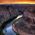 Horseshoe Bend, Glen Canyon, Arizona by Tomas Abreu