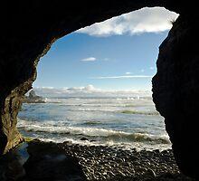 Coastline Cave, Granite Beach by tasadam
