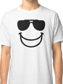 Funny smiley sunglasses Classic T-Shirt